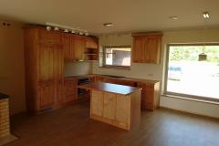 Kehtenel-puit-köögimööbel (48)