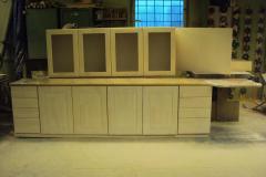 Kehtenel-puit-köögimööbel (6)