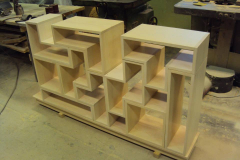 Kehtenel-puit-tetrise riiul