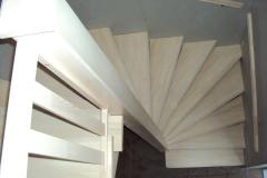 Kehtenel-puit-trepp