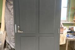 Kehtenel-puit-korteriuks-soojustatud uks (2)