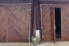 Kehtenel-puit-täispuit-uks-garaaživäravad (3)